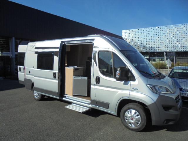 Véhicule neuf - ROADCAR - VAN R600